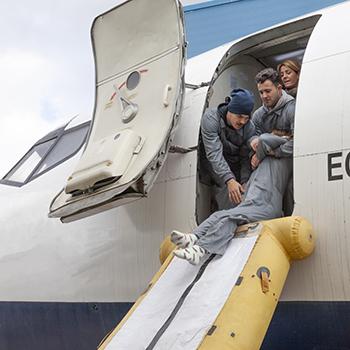 Curso de Tripulante de Cabina de Pasajeros - Auxiliar de vuelo - Azafata de Vuelo.