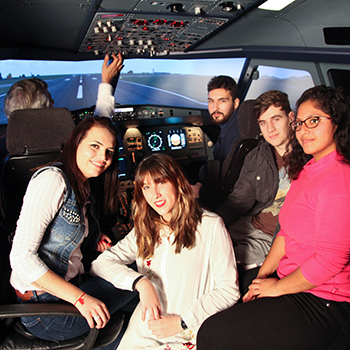 Curso Cockpit A320 - Tripulante de Cabina de Pasajeros - Auxiliar de vuelo - Azafata de Vuelo