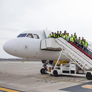 Curso de Tripulante de Cabina de Pasajeros - Auxiliar de vuelo - Azafata de Vuelo